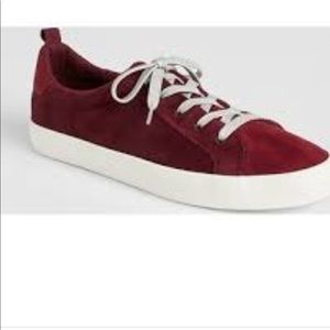 Gap Burgundy Lace Up Sneakers Size 8 New!